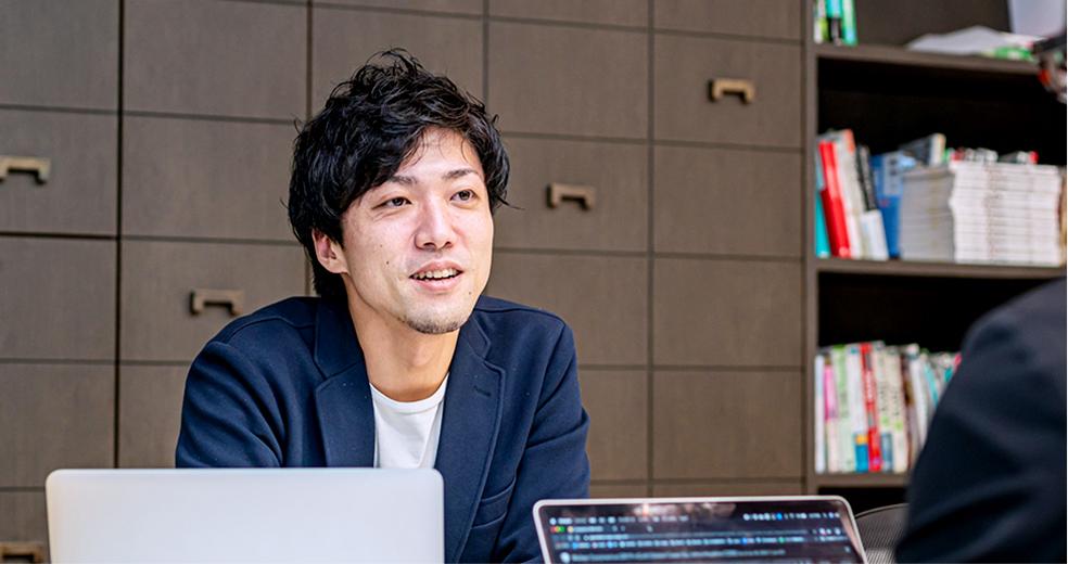 写真1 フロイデ副社長 瀬戸口将貴 × 村山由香里対談インタビュー